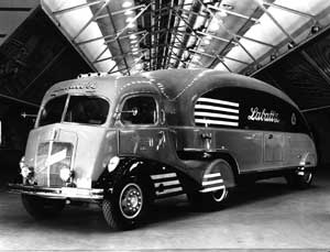 Labatt's Streamliners of the '30s and late '40s featured radically curved surfaces and Art Deco graphics, but they were built to promote beer sales, not to save fuel.