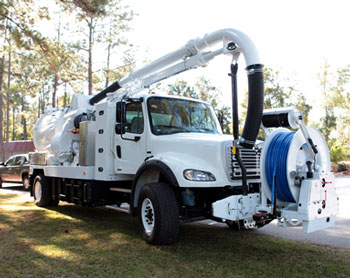 Superb Developed In Collaboration With Vac Con, The Freightliner Business Class M2  112V Compressed Natural Gas Truck Will Also Be Equipped With A CNG Powered  ...