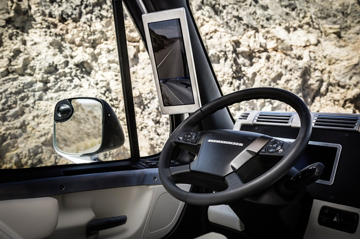 In 2015, Freightliner s Inspiration Truck showed off autonomous