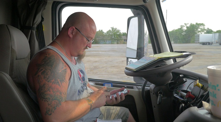Trucker Path Truckloads lets users access available loads throughout