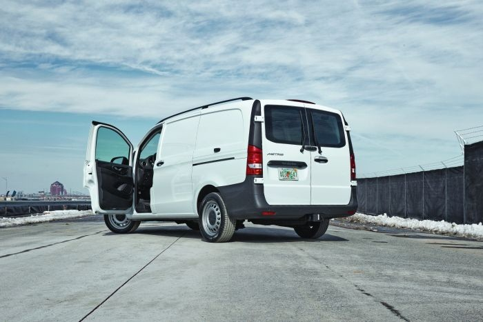 Mercedes-Benz is introducing its Metris mid-size van, which is a new