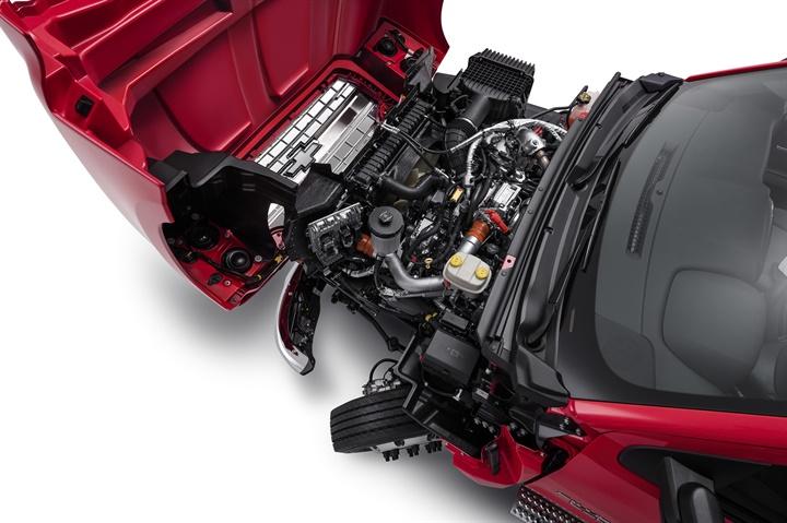 Photo of 2019 Silverado 6500HD engine compartment courtesy of