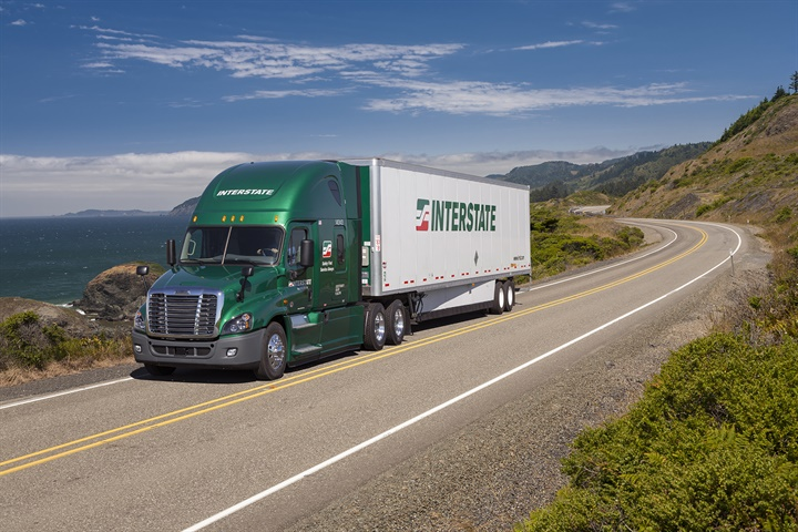 LNG and APUs help Interstate Distributor reduce diesel use, and all