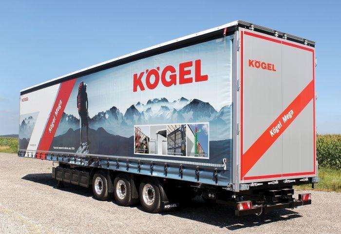 High-cube Kögel Mega van has the usual rear doors plus curtain