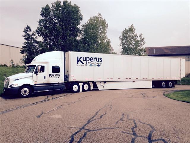 Kuperus Trucking says tractor tandem skirting, longer trailer skirts