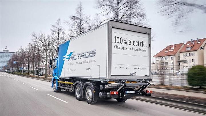 Daimler Trucks has a  Baby 8  eActros electric truck in fleet testing