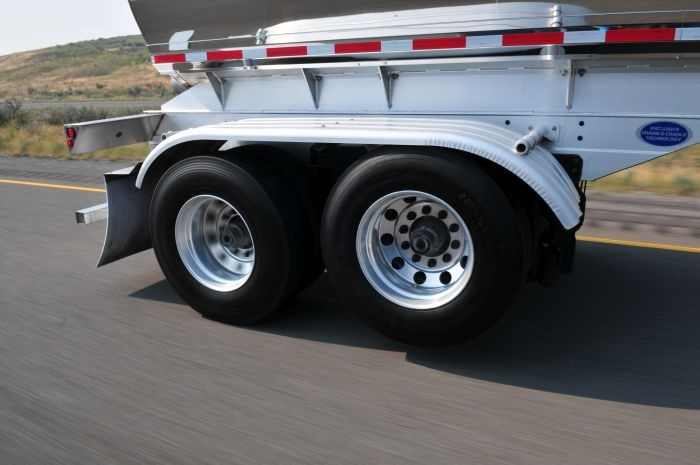 Liftable axles offer quantifiable fuel and tire savings while adding