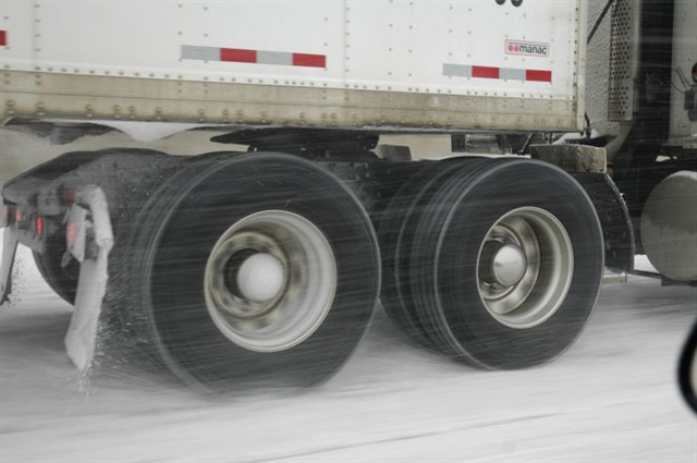 Winter traction is critical for 6x2s. Tire specs need to balance fuel efficiency with traction for safety and driver acceptance. Unfortunately, 6x2s seem to be particularly hard on drive tires with aggressive tread.