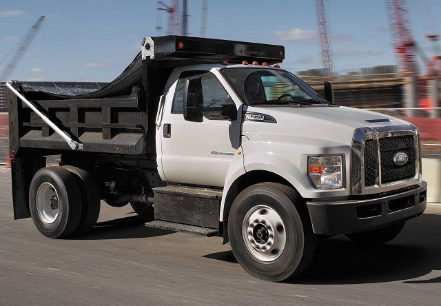 One of several power trends in medium-duty vocational fleets today is a move to gasoline engines to save money on both maintenance and fuel costs. Photo: Ford