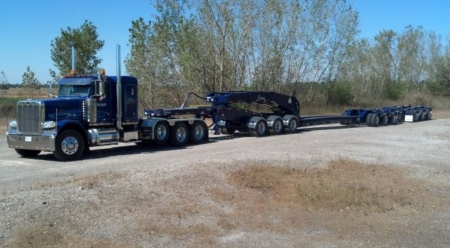 Id photos m871 trailer together with STNG 5452 in addition What Is A Freestanding Deck And Why Would You Want One together with STNG TIAB furthermore Customrctrailers. on drop deck semi trailer