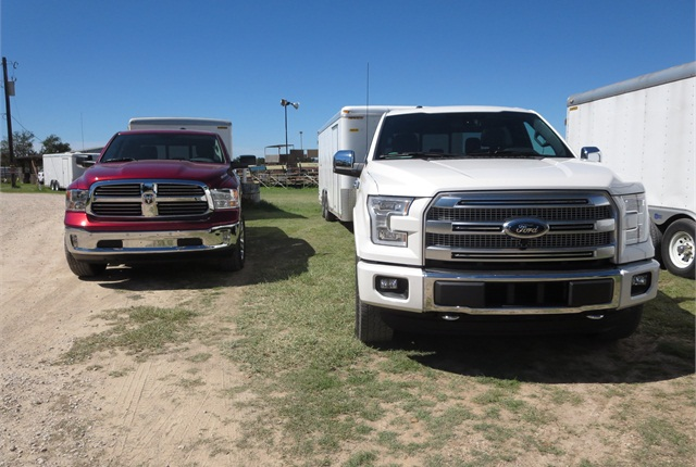 EcoBoost 3.5 V-6 in the white Ford seemed to pull its 10,000-pound trailer as well as the red Ram's 3-liter EcoDiesel. Ford's 5-liter V-8 also towed well. Photo: Tom Berg