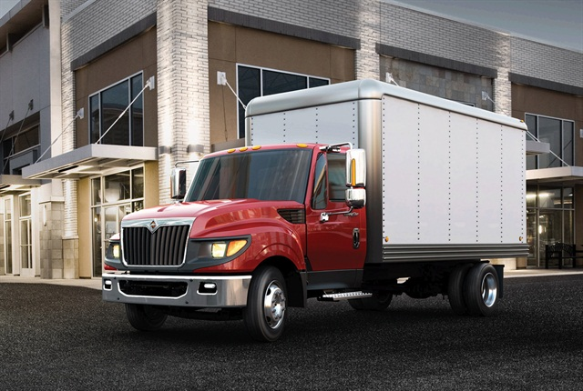 Navistar:Navistar International's main midrange truck continues to be the Class 6 and 7 DuraStar, available in three cab styles and with three diesels. New is a Class 7 TranStar CNG truck, based on the Class 8 TranStar, with Cummins' ISL-G engine, reflecting Navistar's optimism about the future of natural gas. The Class 4 and 5 TerraStar 4x4 is entering production after its introduction two years ago.