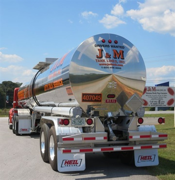 J&M's fleet includes some 700 trailers — mostly pneumatic tanks, but also a number of liquid tanks and about a dozen flatbeds. Photo: Deborah Lockridge