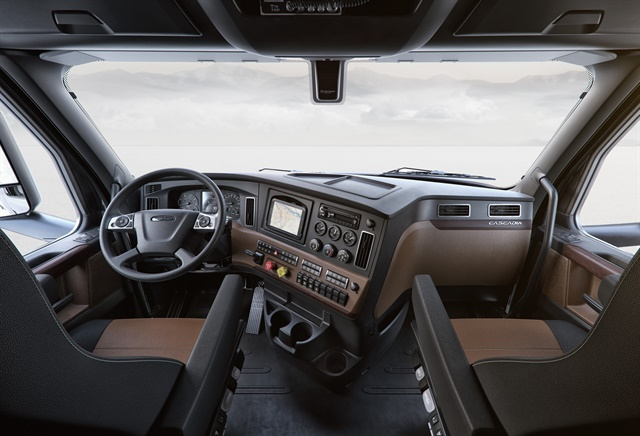 Next Generation Cascadia Driver Comfort Safety Too Articles Drivers Articles
