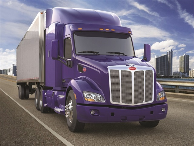 Paccar's new, fully integrated powertrain featuring the all-new Paccar Automated Transmission offers customers 399 lbs. of total vehicle weight savings and 7% total fuel economy savings on the Model 579 Epiq model.