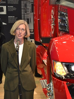Kelley Platt speaks to the trucking press at the Mid-America Trucking Show in Louisville, Ky., in late March. Photo: Stephane Babcock