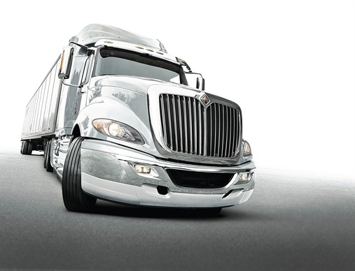 International:ProStar is losing its Plus suffix, but remains International's principal aero-style highway model with daycab and several sleeper versions. It's offered with Navistar MaxxForce 13 and Cummins ISX15 diesels, both with Cummins-sourced selective catalytic reduction equipment. The traditionally styled 9900i and retro-fashion LoneStar come only with the ISX15.