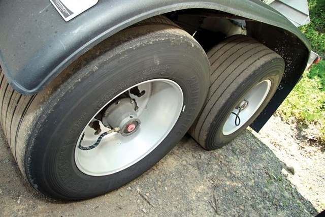 Carbon Express uses wide-base single tires and Stemco Aeris tire inflation systems on their trailers. Wide-base singles are popular for especially weight-sensitive customers, but some fleets have gone back to duals. Photo: Carbon Express