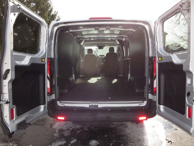 Rear doors swing open as far as 270 degrees for easy loading and unloading. Even the short roof allows near-standup room for many people.