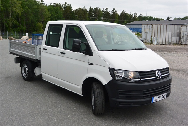 Crewcab pickup is among variants of the larger VW Transporter T6 series. A panel van is another. Its styling remains much like latter-series Volkswagen trucks and vans formerly sold in the States.