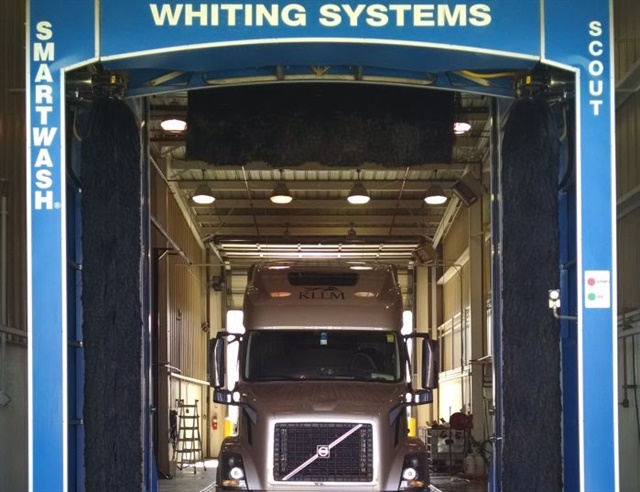 Thanks to automation advances, modern drive-through truck washes can clean and wax a vehicle in 10 minutes or even less.  Photo: Whiting Systems
