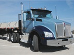 Kenworth's T880 Day-cab Tractor