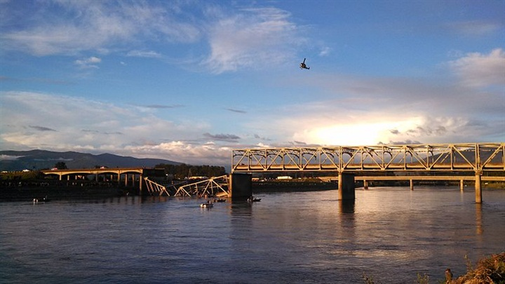 The i5 Bridge over the Skagit River collapsed after a truck hit the