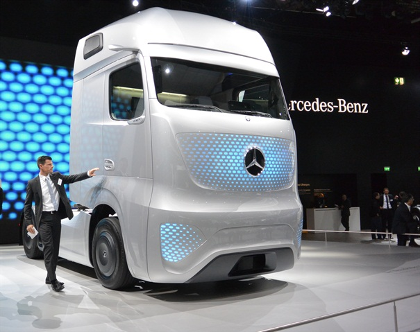 Daimler s Future Truck project was highlighted at the IAA show in