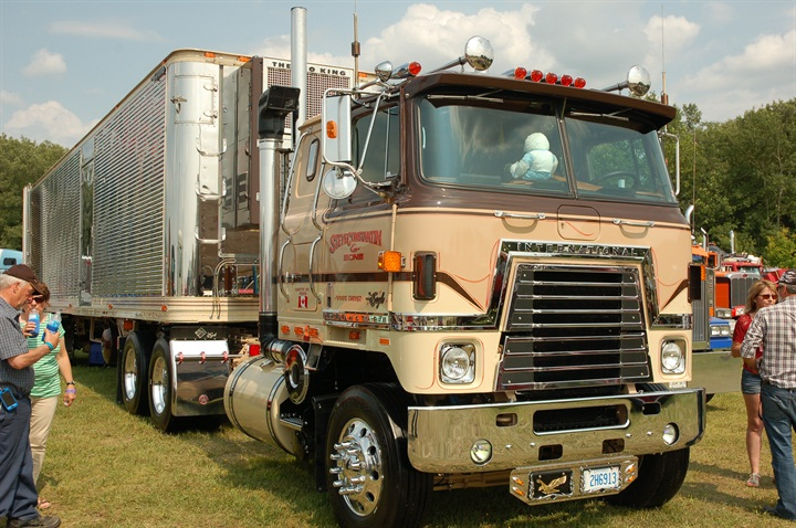 Still one of my favorites, this example, a 1980 International Transtar