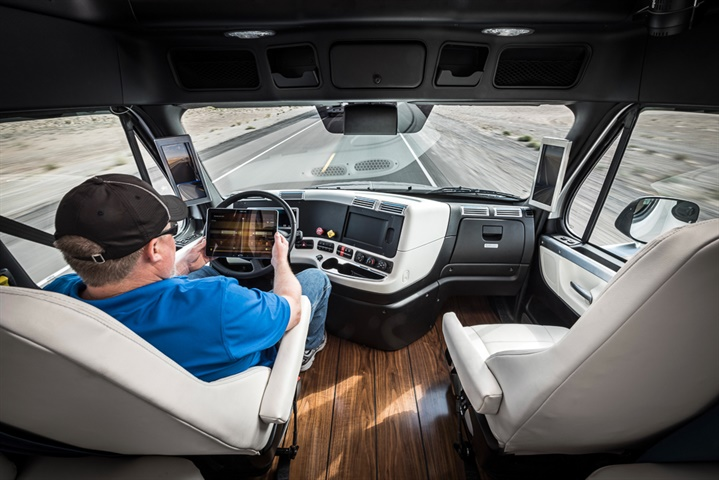 Autonomous vehicles will help move freight more efficiently. But how