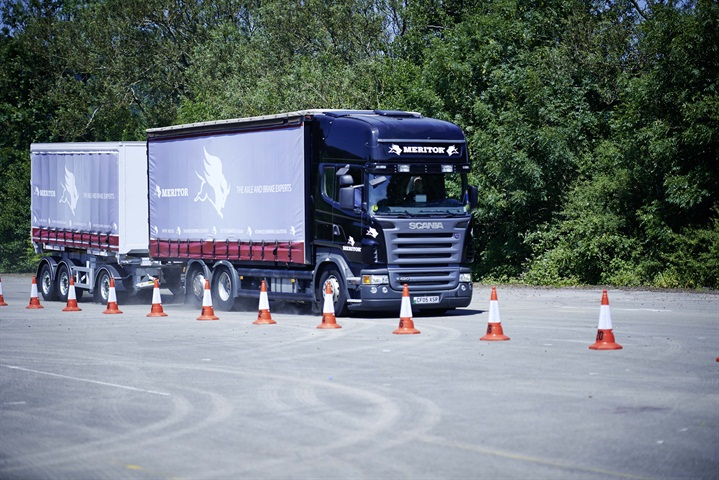 The heavier and longer Scania rigid and its trailer pushed brake rotor
