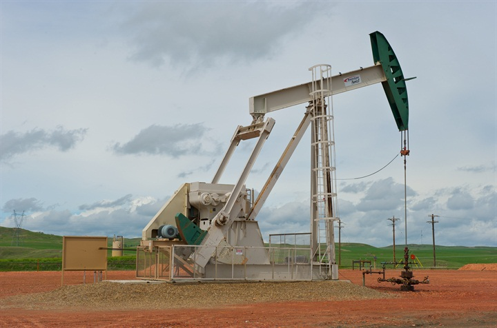 Oil well in North Dakota. Photo courtesy ConocoPhillips.