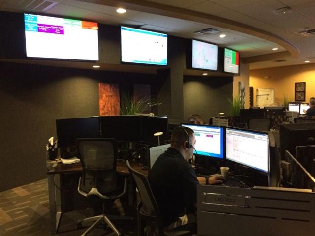 A Rush Call Center technician in San Antonio, TX, works a repair