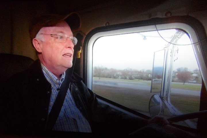 Joe Smiddy is a doctor who also drives a special 18-wheeler.