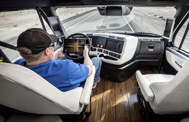 Photo: Daimler Trucks North America