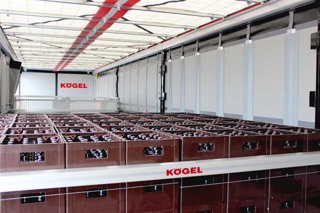 Koegel equipped its Cargo display trailer with various types of load-securing devices for several kinds of freight. This one includes curtain sides and a fold-up roof tarp for side and top loading. Photos: Koegel