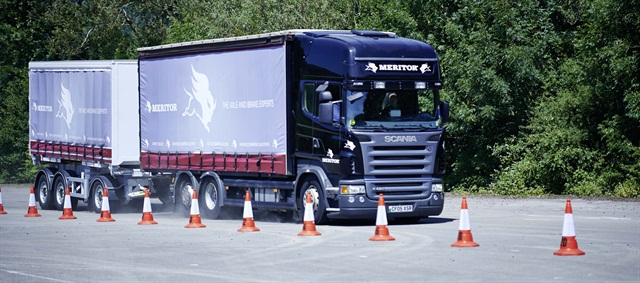 The heavier and longer Scania rigid and its trailer pushed brake rotor temps up more than 160 degrees over two full pressure stops.
