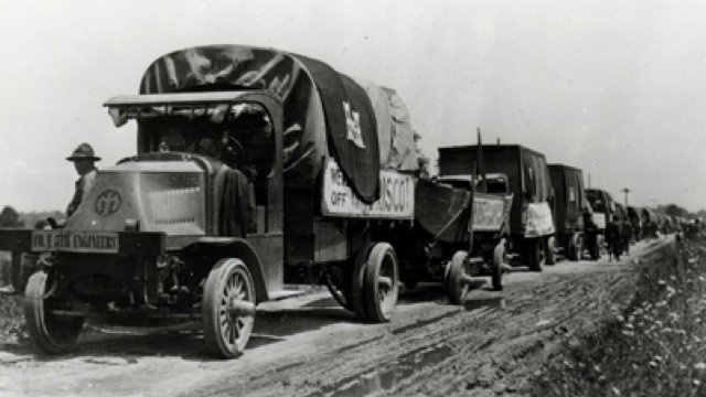Mack Trucks in action during the U.S. Army's 1919 cross-country motor convoy experiment. Photo: U.S. Army Signal Corps