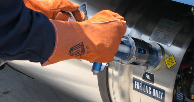 A PG&E truck refuels with liquified natural gas. Companies like PG&E would have more incentives to invest in natural gas equipment under the NAT GAS Act.