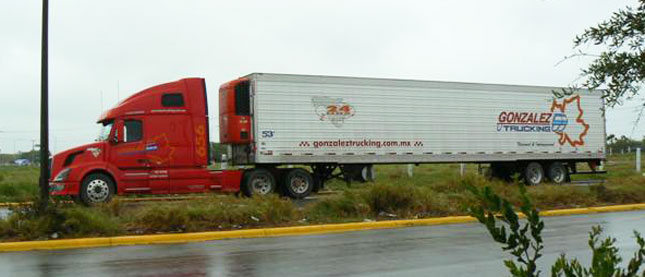 Some Mexican cargo may soon be pre-cleared before it reaches the border. (Photo courtesy Mexico Trucker Online)