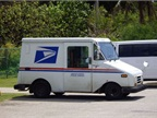 Postal Service Seeking Next-Gen Delivery Vehicle
