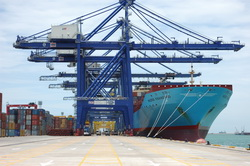 The 3.7% gain in overall U.S. international ocean container volume follows an 11.8% year-over-year increase in 2010. Photo by Maersk Lines.