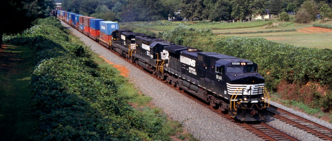 Had the White House not intervened, a walkout could have begun on Friday. Photo credit: Norfolk Southern.