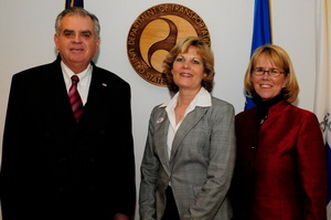 Women In Trucking president and CEO, Ellen Voie (center), met with U.S. Transportation Secretary Ray LaHood and FMCSA Administrator, Anne Ferro in Washington to discuss womens' roles in trucking.