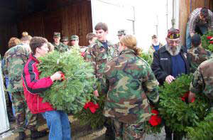 A week-long convoy will take wreaths to honor veterans across the country.