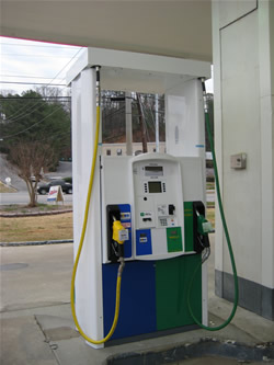 A B20 biodiesel and E85 pump in Alabama along I-65.