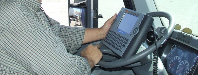 The Truckload Carriers Association supports a mandatory requirement for electronic driver logs, like those used by Dart.