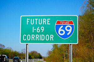 New signage is being installed on I-69 along the former Western Kentucky Parkway between Eddyville and the Pennyrile Parkway interchange near Madisonville. (Photo courtesy of the Department of Transportation)