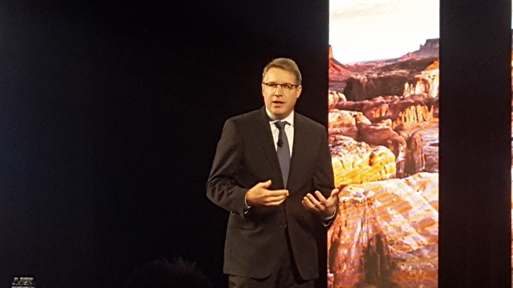 Spear speaking at Omnitracs Outlook conference. Photo: Stephane