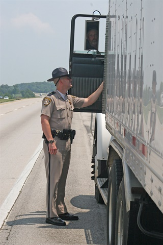 Are enforcement personnel ready for Dec. 18 ELD deadline? Photo: